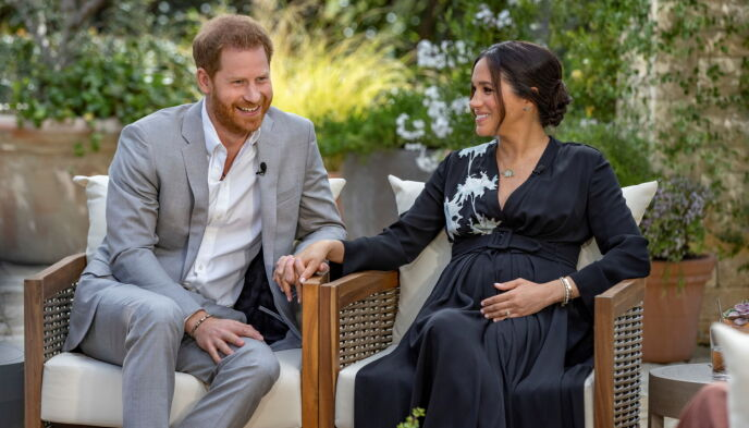 SNAKKET UT: Prins Harry og hertuginne Meghan sparte ikke på kruttet i samtalen med Oprah Winfrey. Intervjuet ble vist på norske tv-skjermer først mandag kveld. Foto: Reuters