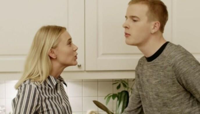 RADARPAR: Josefine Frida Pettersen i karakter som Noora og Carl Martin Eggesbø i karakter som Eskild. Foto: NRK