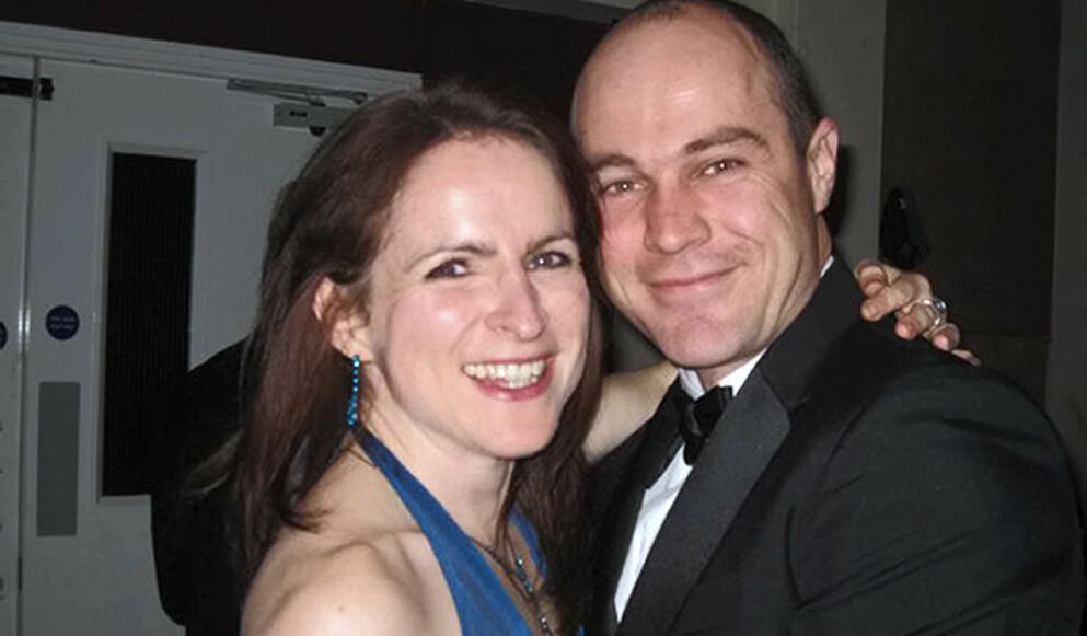 BEDRE TIDER: Emile Cilliers var sersjant i den britiske hæren. I 2015 ble han pågrepet, mistenkt for mordforsøk på sine kone Victoria under et fallskjermhopp. Bildet er fra 2010, året før Victoria og Emile giftet seg. Foto: NTB