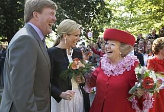 Dronningen feiret med folket. Noen minutter senere var syv mennesker drept