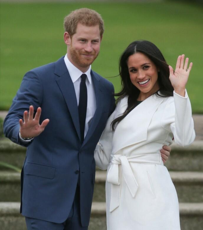 FORLOVELSE: Harry og Meghan kunngjorde forlovelsen i november 2017. Samtidig kastet pressen seg etter den kommende hertuginnen. Foto: Daniel Leal-Olivas / AFP / NTB