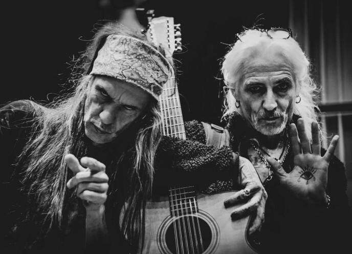 ROCKA VENNSKAP: Tim Scott McConnell samarbeider med Ronni Le Tekrø. De har sammen gitt ut plata «A Death Divine».