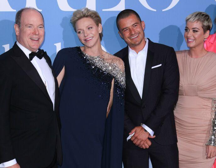 KJENDISVENNER: Fyrsteparet menger seg ofte med Hollywood-stjerner, her med artist Katy Perry og skuespiller Orlando Bloom. Foto: David Fischer / REX / NTB