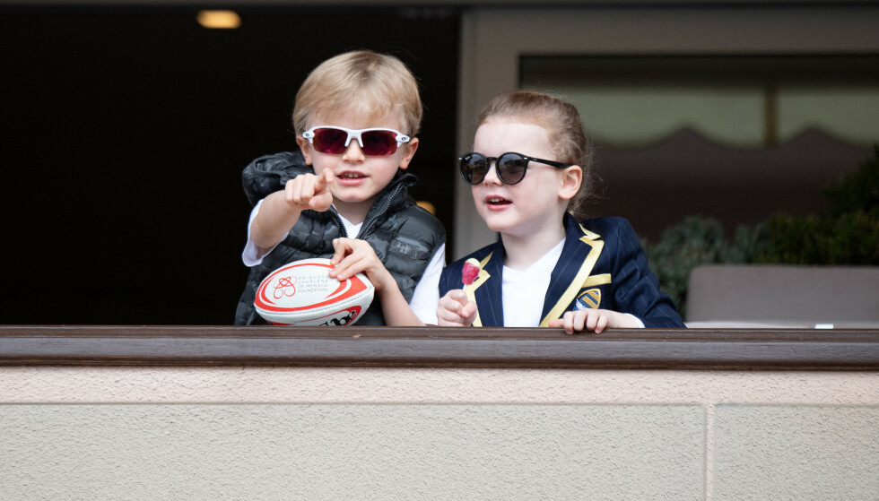 STILIKONER: Tvillingene Jacques og Gabriella har allerede rukket å bli stilikoner. Her avbildet under en rugby-turnering i 2019. Foto: David Niviere / Abacapress / NTB