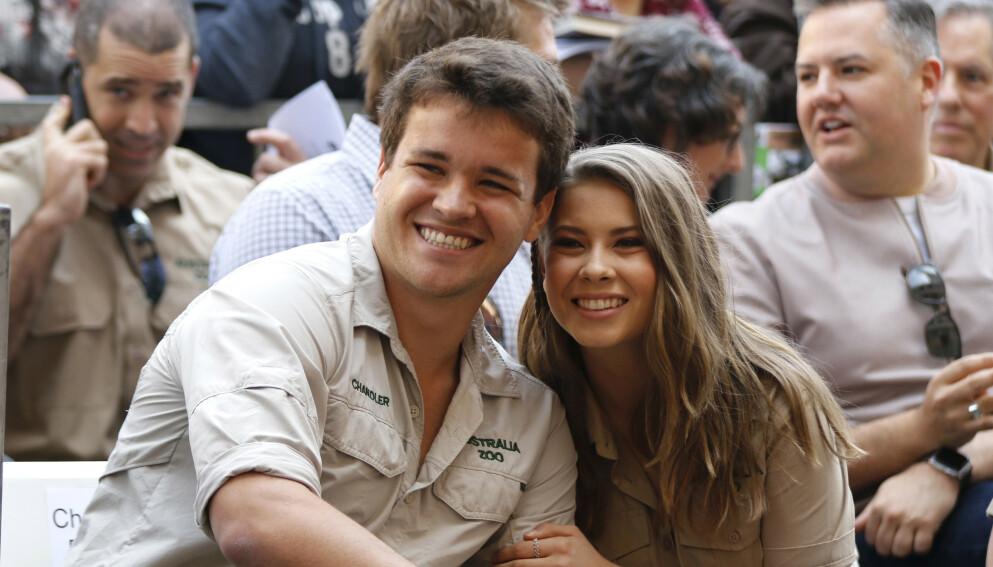 BABYLYKKE: Bindi Irwin og Chandler Powell har blitt foreldre til en jente. Foto: Willy Sanjuan / AP / NTB