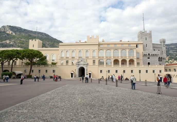 HER BOR DE: Prins Albert og resten av familien bor til vanlig i fyrstepalasset i Monaco. Foto: REX / NTB