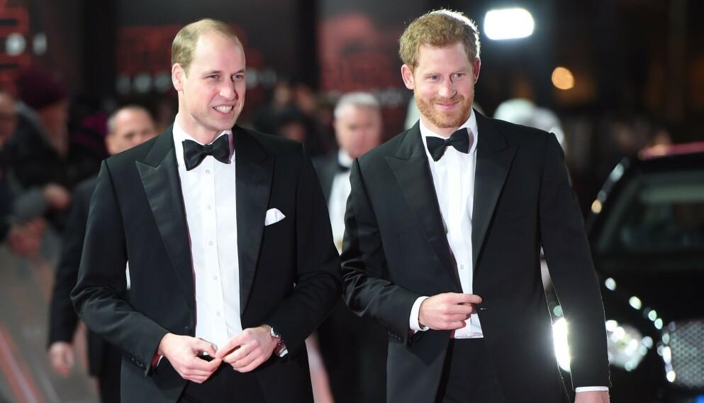BRØDRE: Prins William og prins Harry har vært svært nære gjennom livet. De siste årene har imidlertid forholdet blitt satt på en skikkelig prøve. Foto: Eddie Mulholland/AFP/NTB
