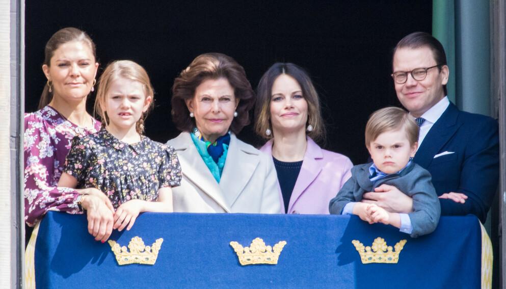 TAUSE: Prins Carl Philips søstre, kronprinsesse Victoria og prinsesse Madeleine har holdt seg tause etter at han ble pappa for tredje gang. Nå bryter hoffet tausheten. Foto: Splash news / NTB