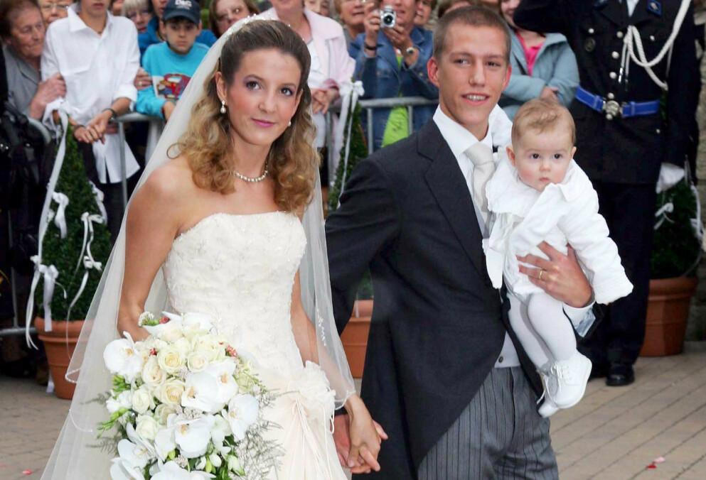 HYGGELIG NYHET: Prinsesse Tessy og Prins Louis gikk hver til sitt etter elleve års ekteskap i 2017. Nå er de begge forlovet på nytt. Sistnevnte med sønnen Gabriel på armen. Foto: Frank Rollitz / REX / NTB
