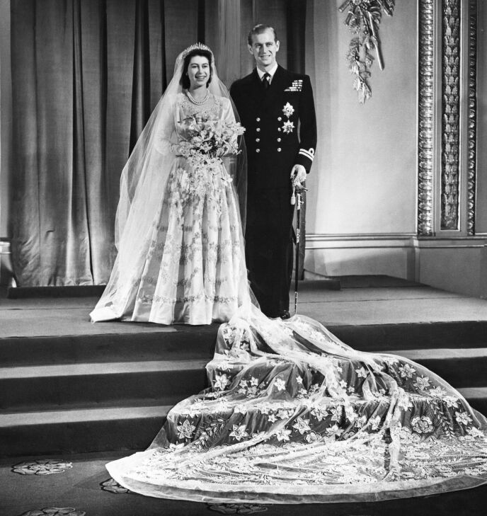 STORSLÅTT BRYLLUP: Elizabeth fikk sin Philip i 1947. Foto: PA/ NTB