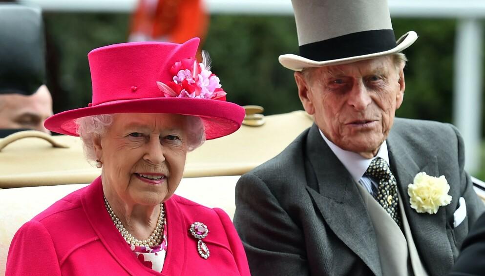 GIKK BORT: Prins Philip døde fredag ettermiddag. Dette vet vi om den kommende begravelsen hans. Foto: Ben STANSALL / AFP / NTB
