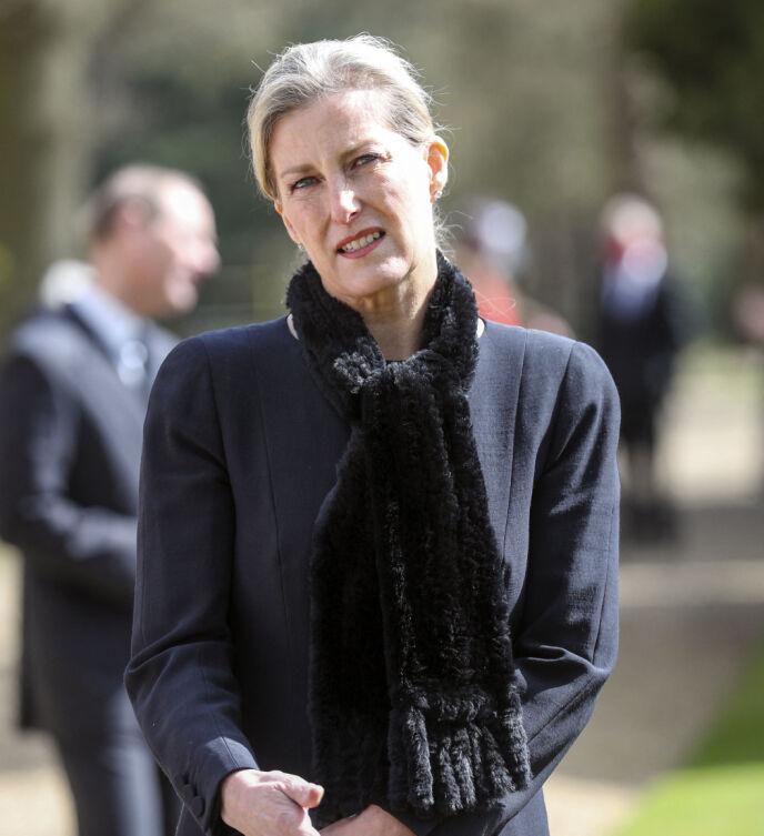I SORG: Hele den britiske kongefamilien er i sorg, og nå uttaler grevinne Sophie seg om prins Philips siste øyeblikk. Foto: Steve Parsons / Pool / AFP / NTB