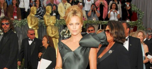 Motepolitiet - Charlize Theron spesial
