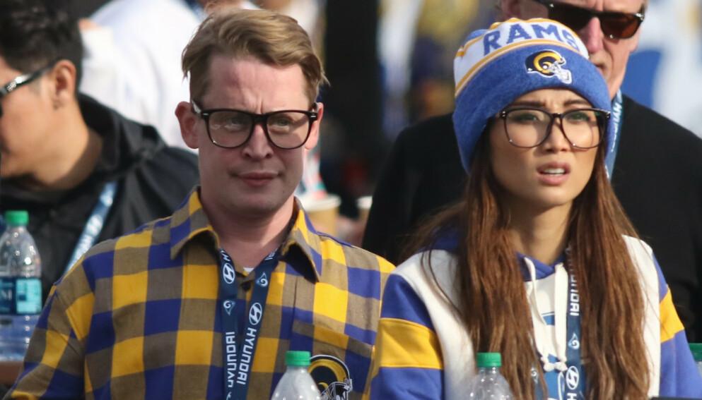 BABYLYKKE: Skuespillerparet Macaulay Culkin og Brenda Song har blitt foreldre for første gang. Her er duoen avbildet sammen i Los Angeles i desember 2019. Foto: London Entertainment / SplashNews / NTB
