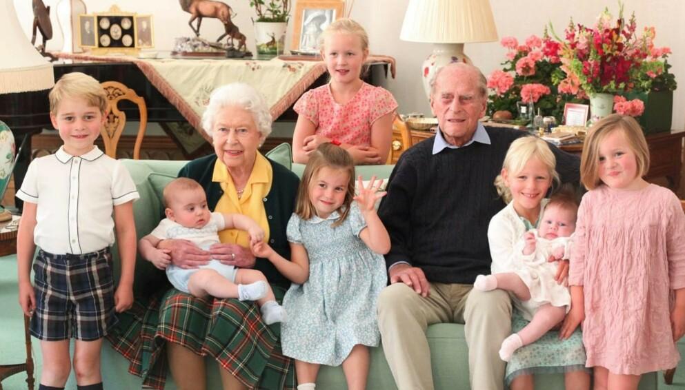 DELER BILDE: Hertuginne Kate la onsdag ut dette bildet på Twitter. Foto: Twitter / KensingtonRoyal