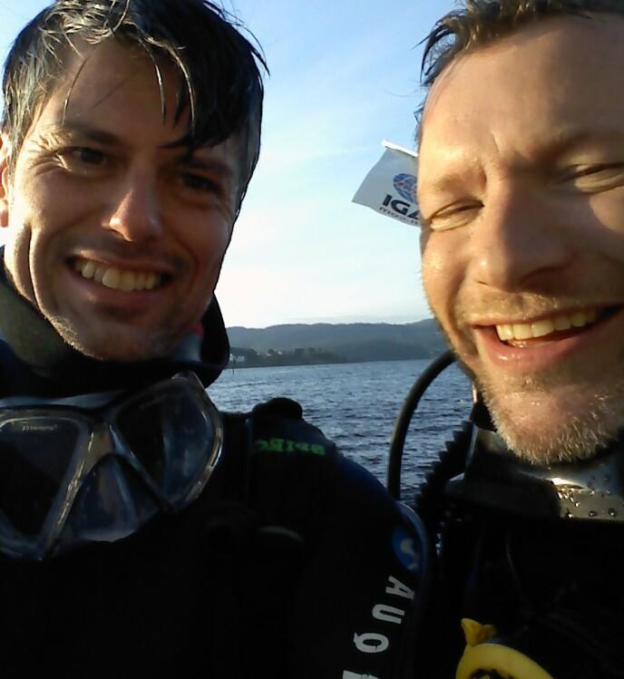 GIKK NESTEN GALT: Håvard Tjora og kompisen Dag Trulsen var ferske i gamet da dykket nesten gikk galt for cirka 20 år siden. Foto: Privat