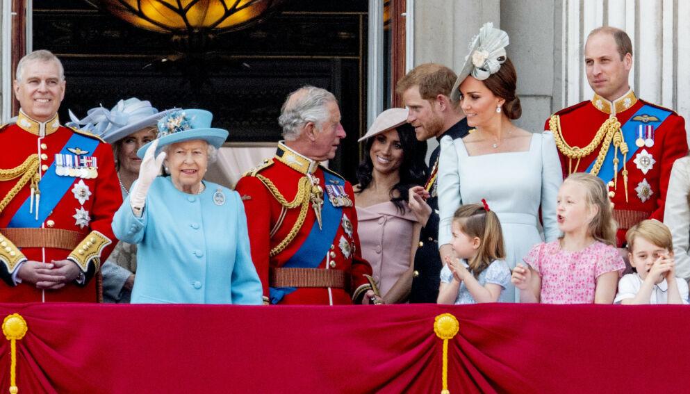 2018: Her er den britiske kongefamilien samlet i juni 2018, i forbindelse med dronningens offisielle bursdagsmarkering. Foto: Utrecht Robin / Action Press / REX / NTB