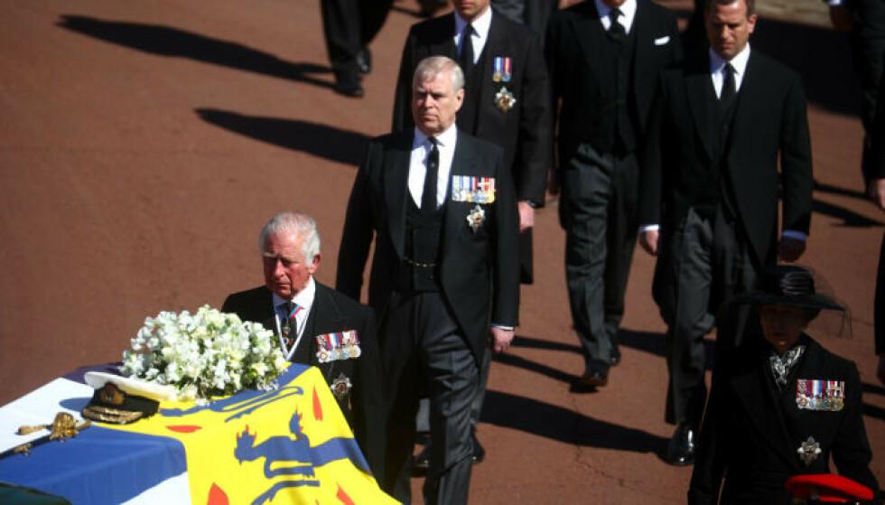 PREGET: Prinsens kiste vil bli plassert i den kongelige krypten. Der skal han ligge frem til dronningens død. Foto: Hannah Mckay / Pa Photos