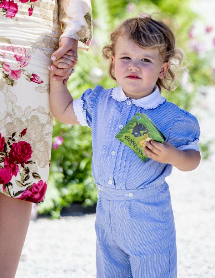 SJARMØR: Prins Alexander fyller fem år i dag. Her avbildet i prinsesse Adriennes dåp på Drottningholm i 2018. Foto: Utrecht Robin/Action Press/REX/NTB