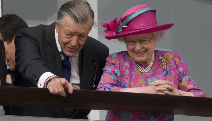 ELSKET HESTER: Hesteinteressen brakte dronning Elizabeth og Sir Michael Oswald sammen. Foto: Tim Rooke/REX/NTB