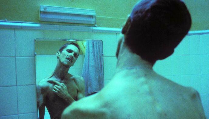 SKJELETT: Da Christian Bale spilte i filmen «The Machinist», veide han bare 58 kilo. Foto: Snap Stills / REX / NTB