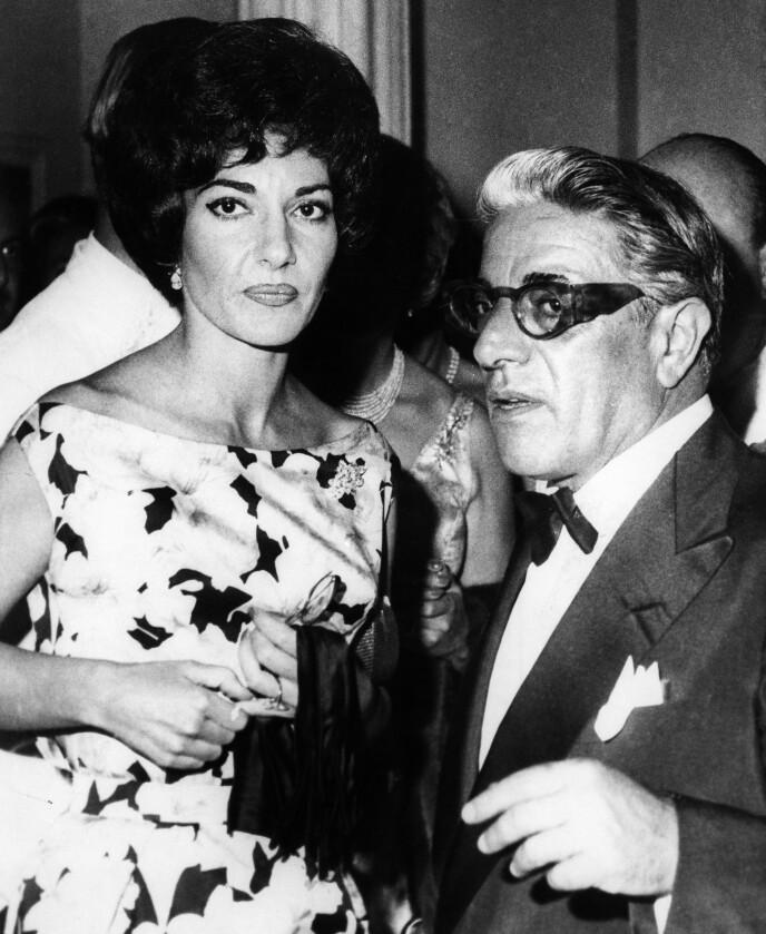 AFFÆRE: Onassis hadde en affære med operasangeren Maria Callas. Det ble kroken på døren for ekteskapet med Athina Onassis. Her er Aristoteles og Maria i 1960. Foto: Granger / REX / NTB