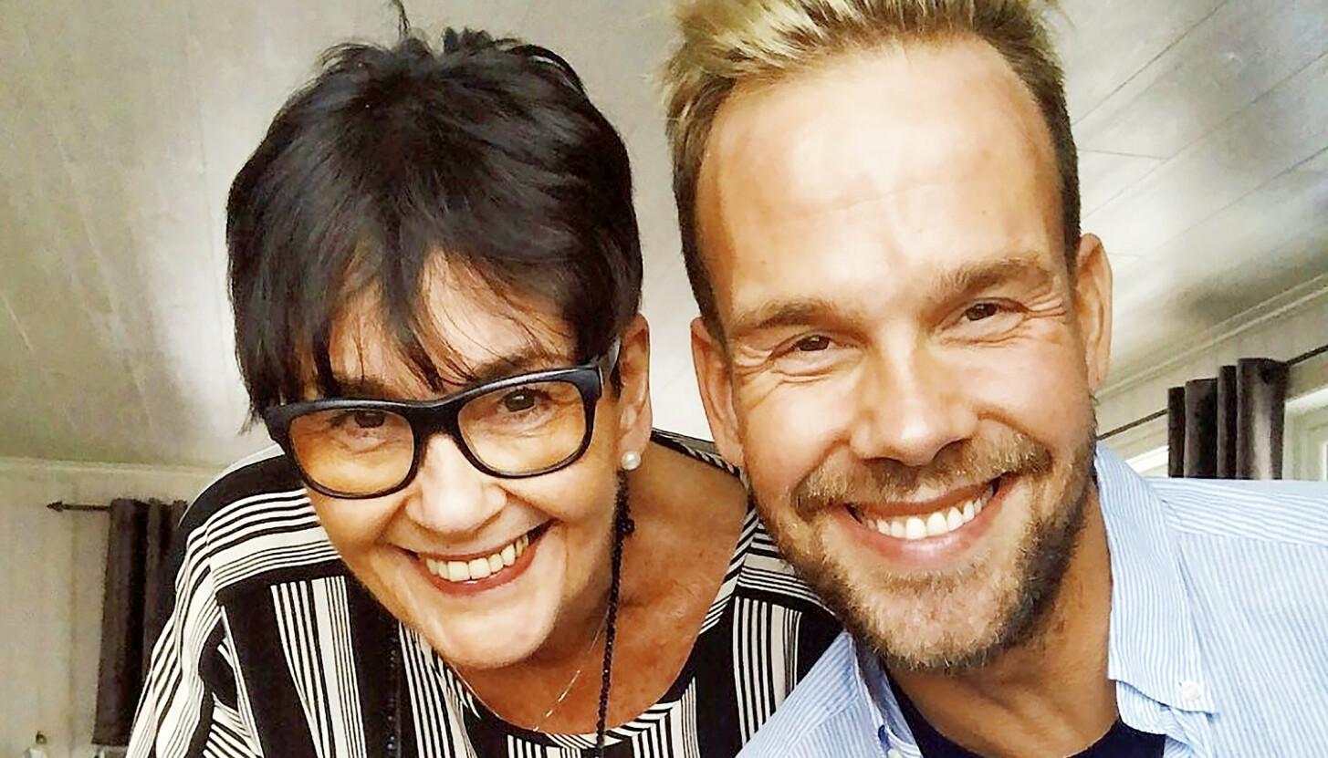 UBETINGET KJÆRLIGHET: Morten Hegseth og moren Elisabeth har alltid hatt et varmt og nært forhold. Morten var knust da moren uventet ble syk. Foto: Privat