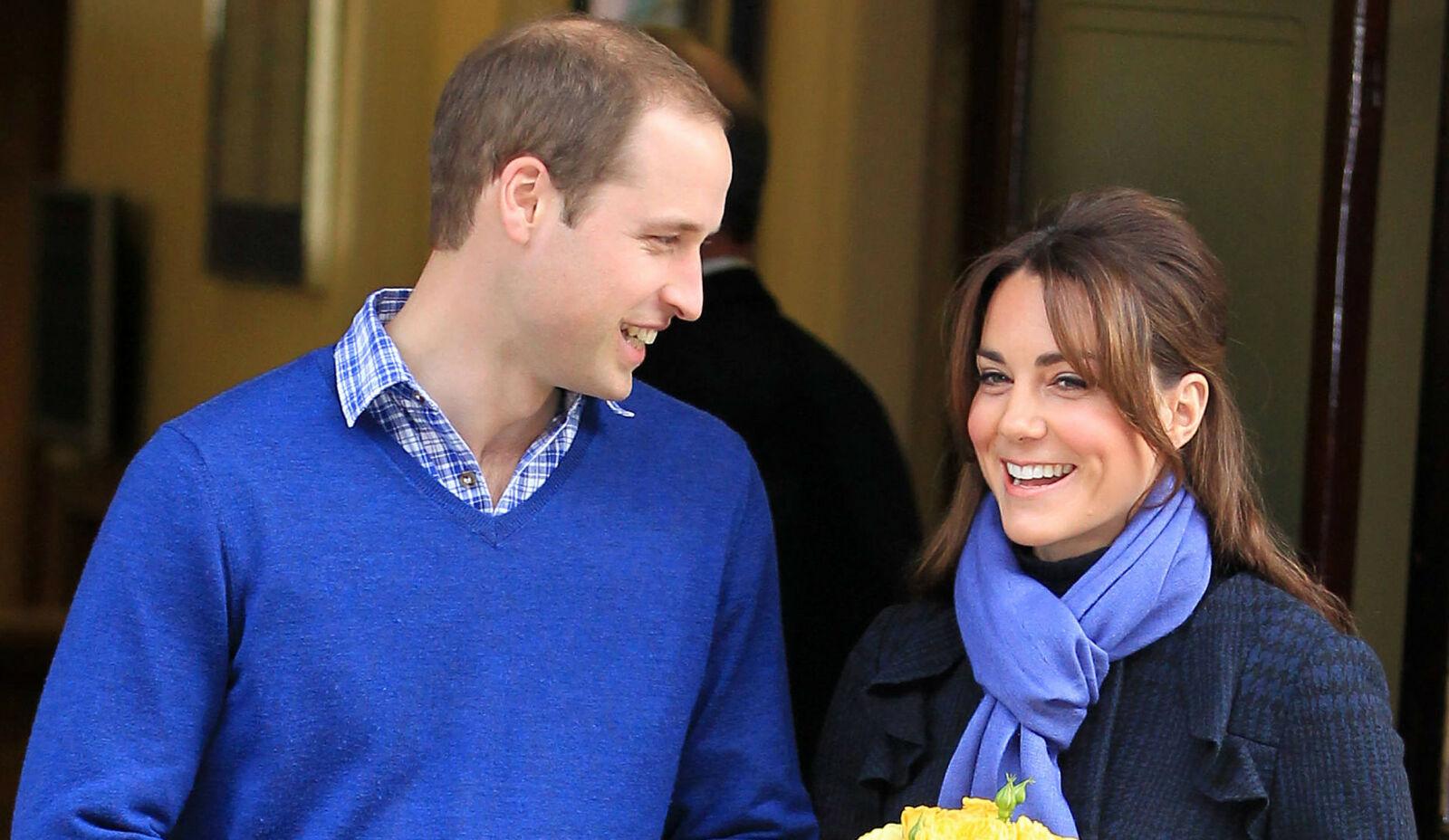 TØFF UKE: Hertuginne Kate og prins William var uvitende om tragedien de hun forlot sykehuset. Foto: NTB.