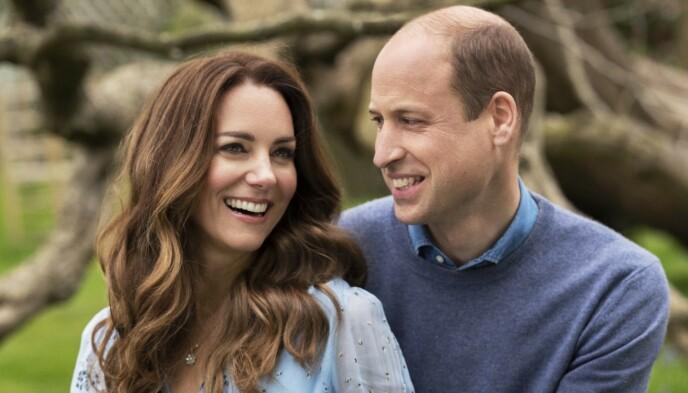 GIFT I TI ÅR: Hertuginne Kate og William la ut dette bildet på Twitter tidligere denne uka i forbindelse med deres ti års bryllupsdag. Foto: Chris Floyd