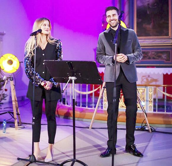 JULEKONSERT: Kim Wigaard og Sandra Lyng håper å gjennomføre mange julekonserter sammen når den tid kommer. Foto: Cato Ingebrigtsen