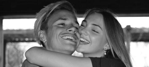 Deler romantiske bilder: - Elsker deg så mye