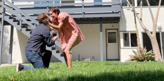Image: Kjendisdatteren røper forlovelse