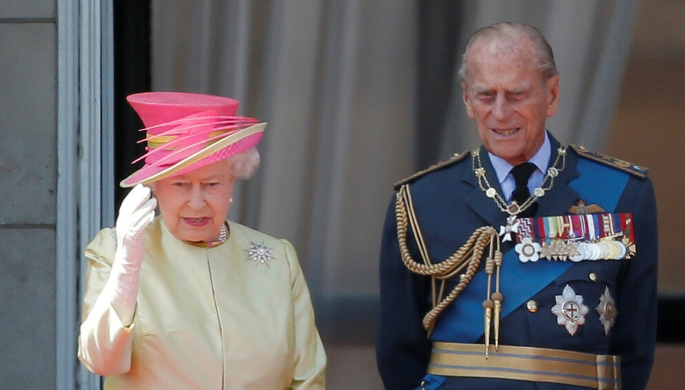 DØDE: Dronning Elizabeths ektemann gikk bort 9. april, 99 år gammel. Her er de i 2015. Foto: REUTERS/Peter Nicholls/File Photo/NTB