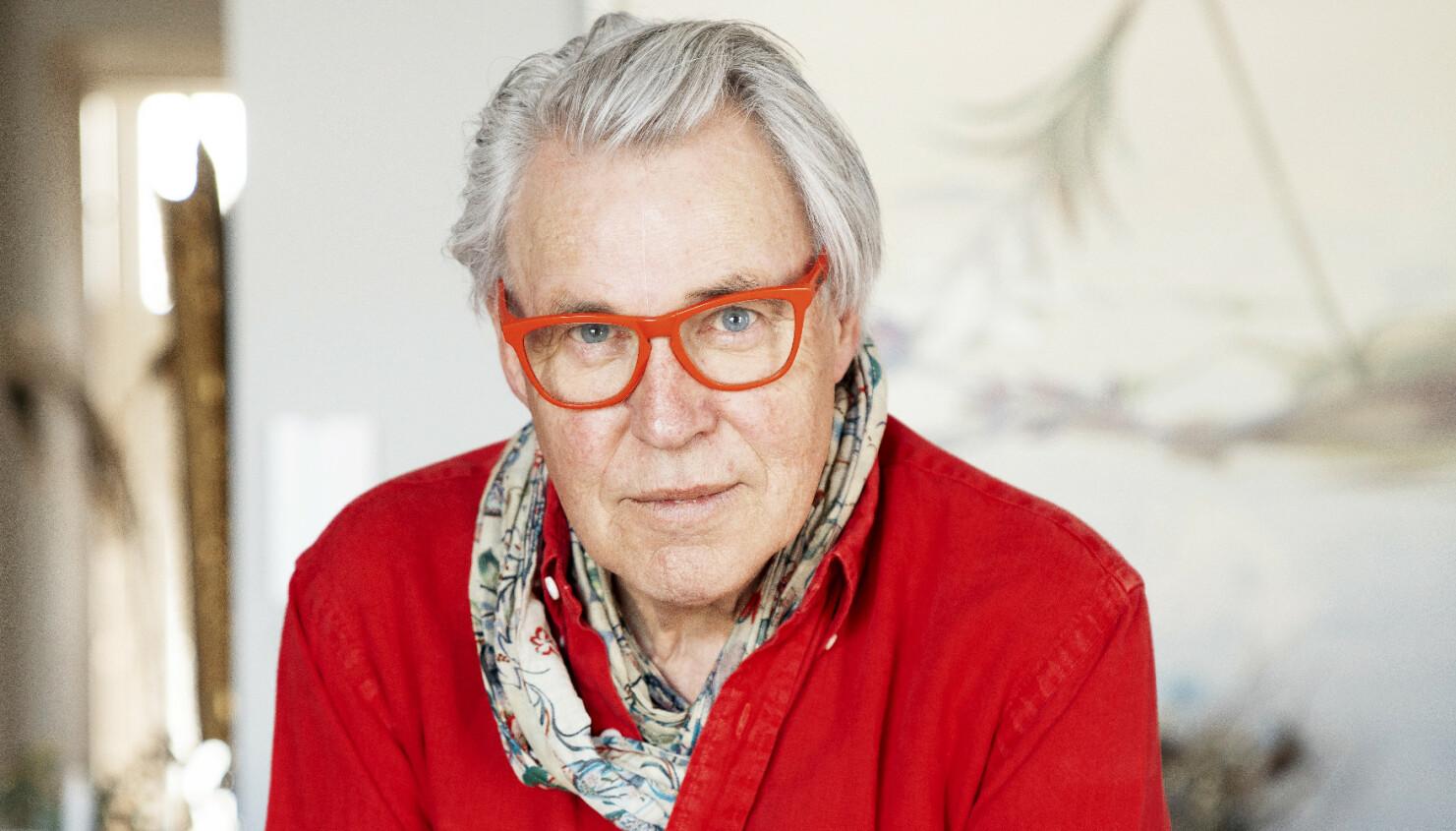 MÅTTE STÅ OVER: – Jeg synes det var veldig kjedelig og leit, men vil berømme TV 2 for at de skjønte alvoret, sier Finn Schjøll. FOTO: