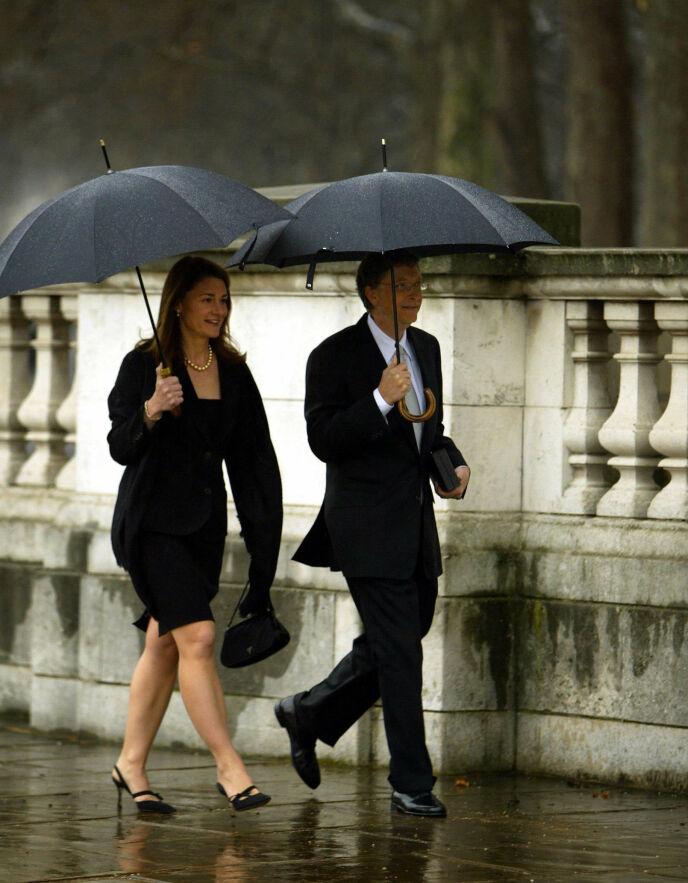 KROKEN PÅ DØREN: Bill og Melinda Gates skal nå skilles, etter 34 år sammen. Foto: Adrian Dennis / AFP Photo / NTB