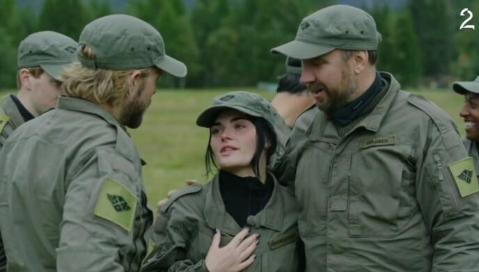 GIKK UT: Det var en tårevåt Ulrikke Brandstorp som måtte ta farvel med de andre deltakerne i lørdagens episode. Foto: TV 2