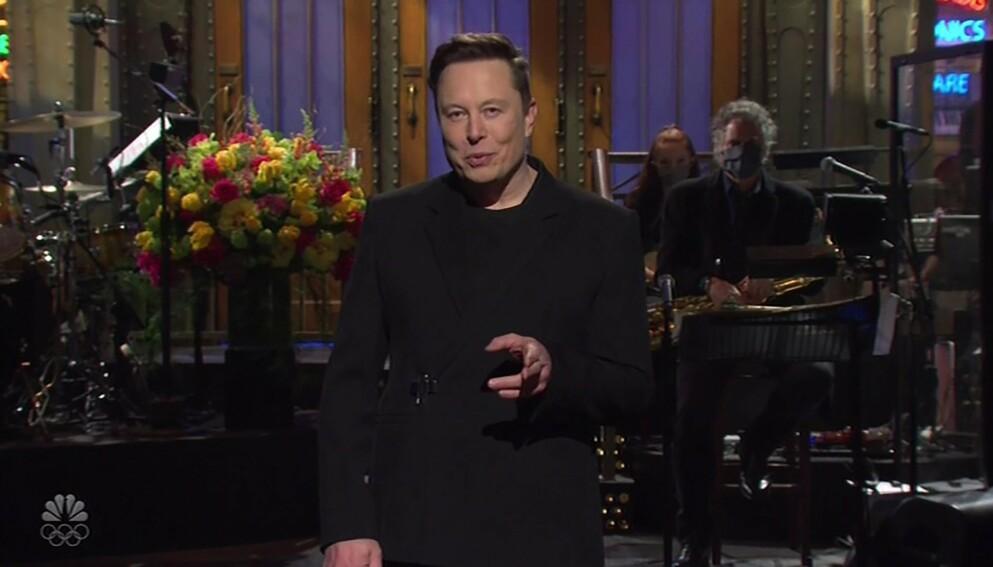 VEKKER OPPSIKT: Elon Musk på «Saturday Night Live» har fått massiv oppmerksomhet. Foto: Backgrid UK/NTB
