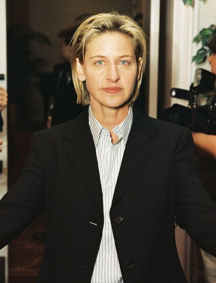 UNG OG LOVENDE: Før Ellen ble omtalt som en slem mobber, var hun en ung og lovende komiker. Her avbildet i 1999. Foto: Alex Berliner / BEI / REX / NTB