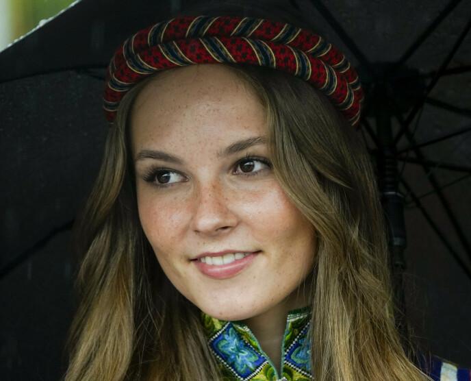 17. MAI: Prinsesse Ingrid Alexandra under feiringen på Skaugum i Asker mandag morgen. Foto: Lise Åserud / NTB