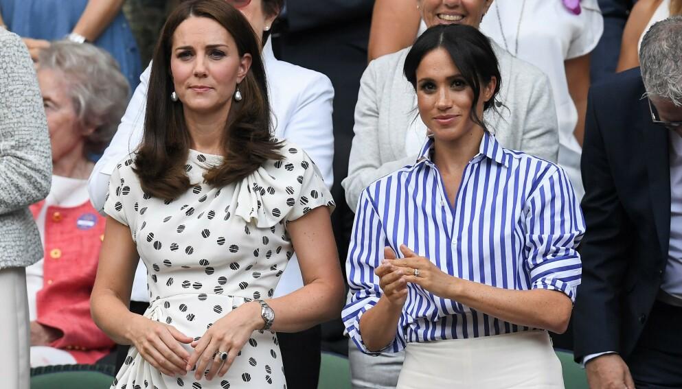 DEN GANG DA: Hertuginne Kate og hertuginne Meghan etter at sistnevnte giftet seg inn i familien. Nå er det imidlertid et eldre bilde som får oppmerksomhet. Foto: James Gourley / REX / NTB