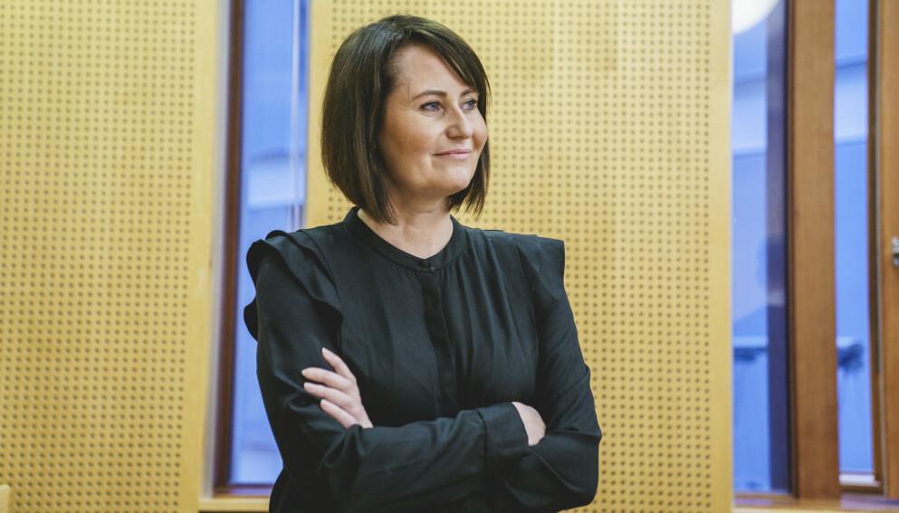 SAKSØKER: Line Andersen har saksøkt arbeidsgiver NRK fordi hun mener seg ugyldig «endringsoppsagt» som programleder. Foto: Stian Lysberg Solum / NTB