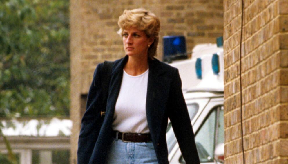 PÅ ALLES LEPPER: Prinsesse Dianas intervju med BBC i 1995 har fått mye oppmerksomhet den siste uken. Her er hun i London samme år. Foto: Brendan Beirne / REX / Shutterstock / NTB