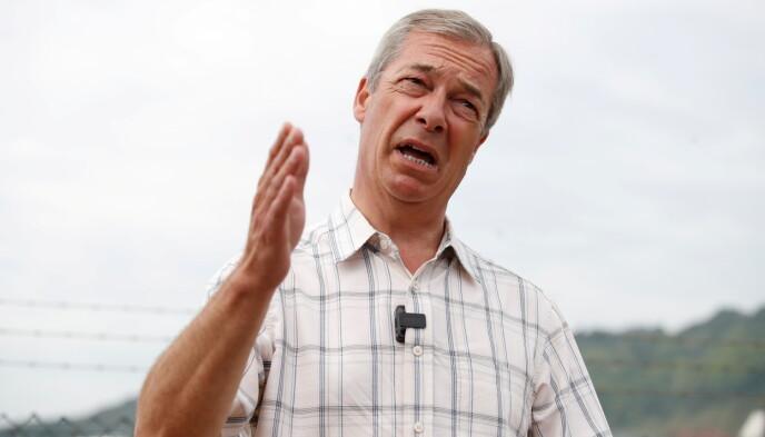 HARD SKYTS: Nigel Farage mener Storbritannia bør bryte ut av verdens største musikkonkurranse. Foto: Matthew Childs / Reuters
