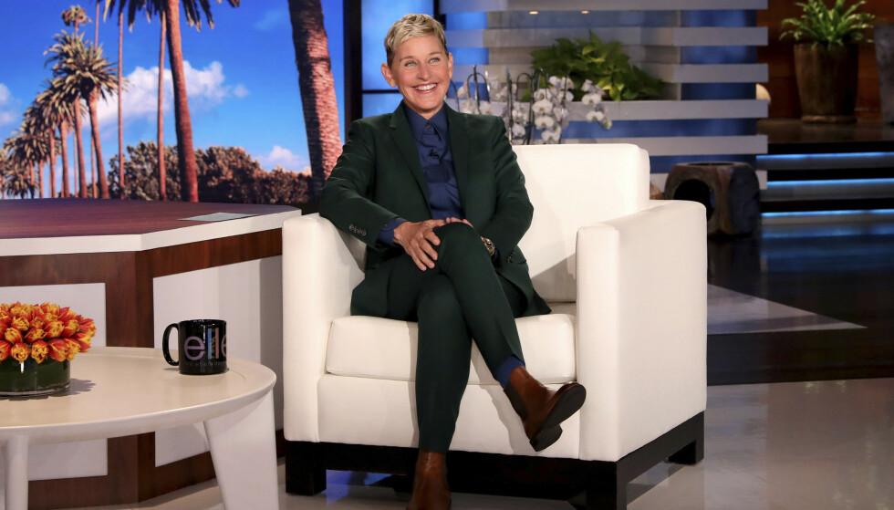 GIR SEG: Ellen DeGeneres gir seg. Foto: Michael Rozman/Warner Bros./NTB