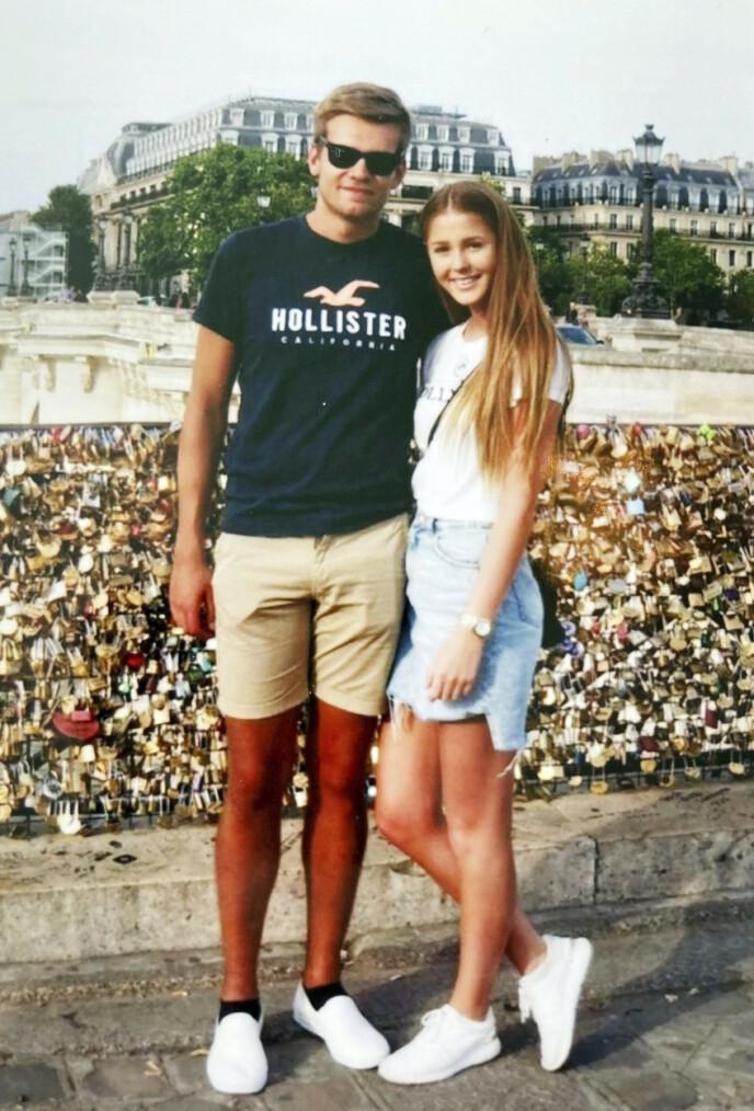 KJÆRLIGHET: Anna og Jone drømmer om å oppleve mer av verden. Her er de fotografert i Paris, kjærlighetens by. Foto: Privat