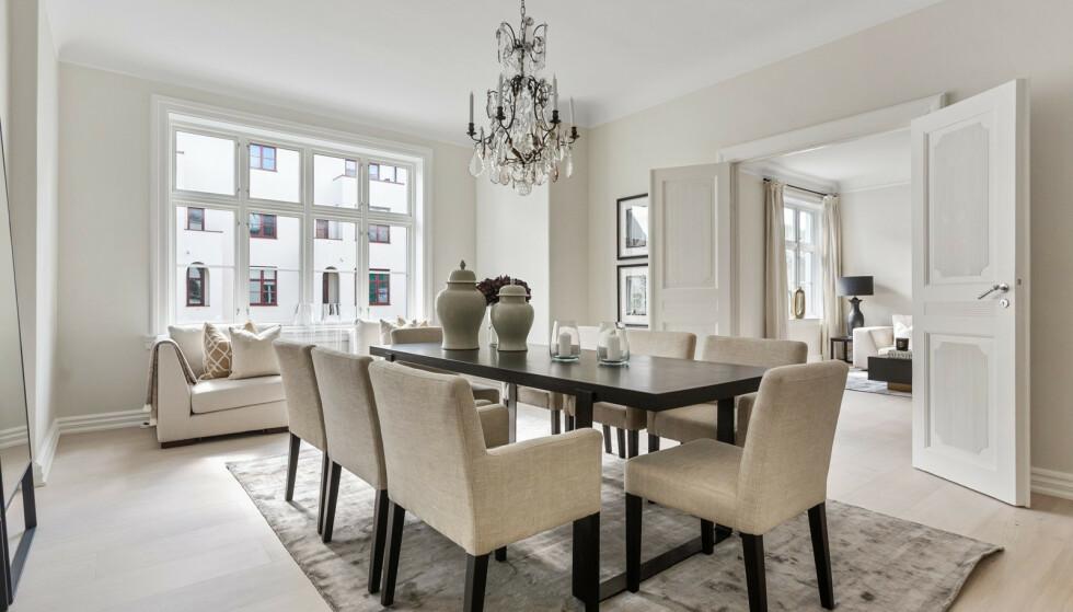 PÅKOSTET: Ifølge eiendomsmekler Fredrik Dyve, har ekteparet investert i store oppgraderinger i løpet av årene. Foto: Studio Oslo