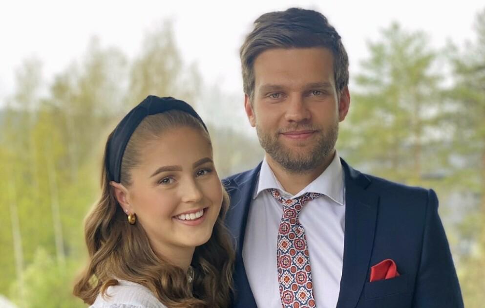 PÅ TV: Anna Rosenlund Skretteberg og kjæresten Jone Engemoen Hansen har fått mye oppmerksomhet for sin deltakelse i «Sommerhytta» denne våren - på godt og vondt. Foto: Privat