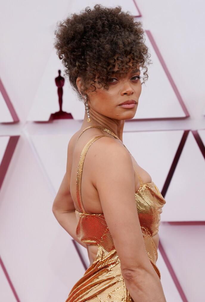 NY FLAMME?: Den amerikanske sangeren og skuespilleren skal ha hatt en god tone med Hollywood-stjernen under Oscar-utdelingen. Foto: Chris Pizzello / REUTERS / NTB