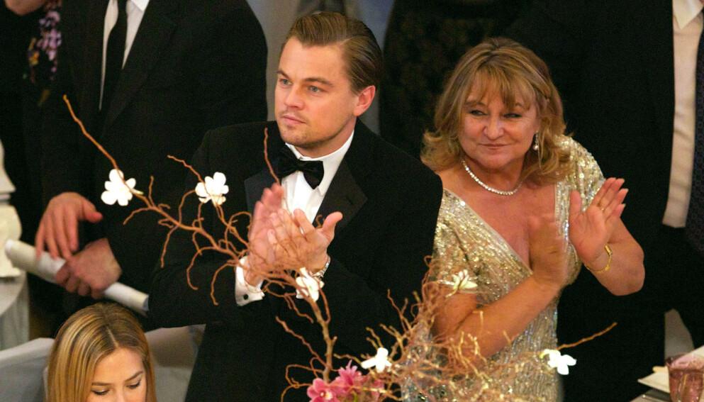 SAMMEN: Leonardo DiCaprio sammen med moren Irmelin Indenbirken i 2010. Foto: Willi Schneider/REX
