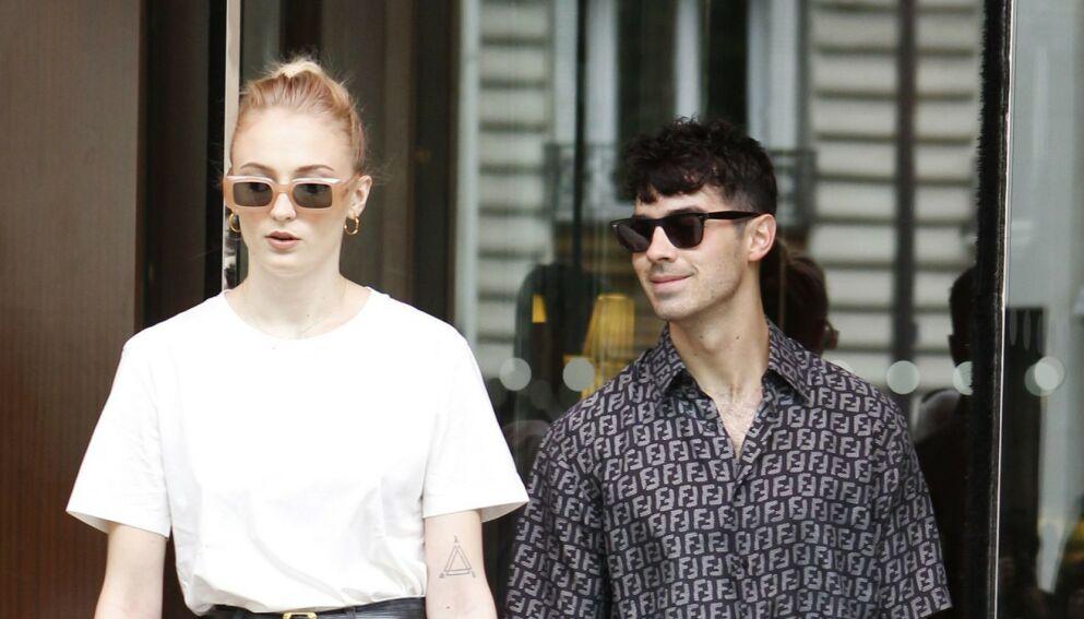 STJERNEPAR: Sophie Turner og Joe Jonas verner godt om privatlivet sitt. Nå setter førstnevnte fyr på nettet. Foto: Shutterstock/NTB